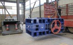 双辊破碎机应用在矿石破碎的结构优势